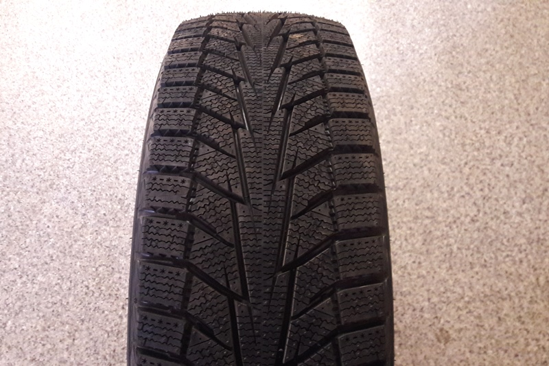 Hankook Winter i*Cept iZ2 W616 photo, test, review